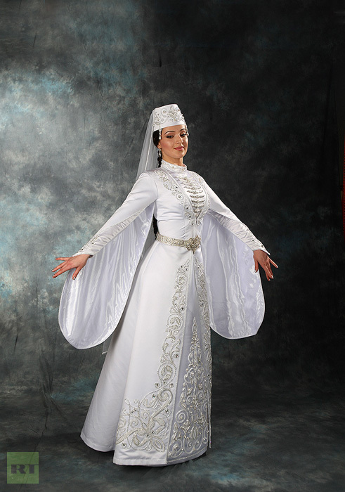 wedding-costumes-russian-south_5