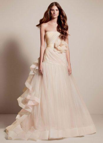 пышное платье шампань